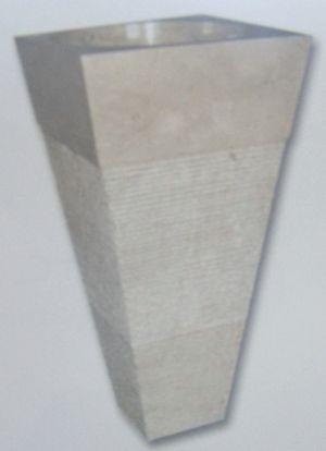 Vasque colonne carrée conique striée Indonésie beige