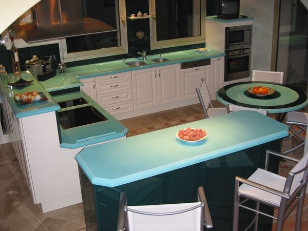 cuisine lave turquoise carrelages sette. Black Bedroom Furniture Sets. Home Design Ideas