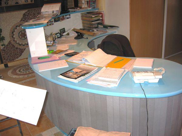 Bureau lave turquoise 1