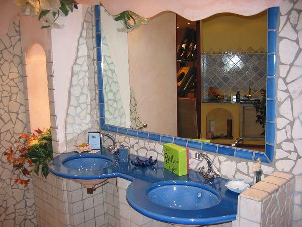 Salle de Bains Lave Bleu Moustiers